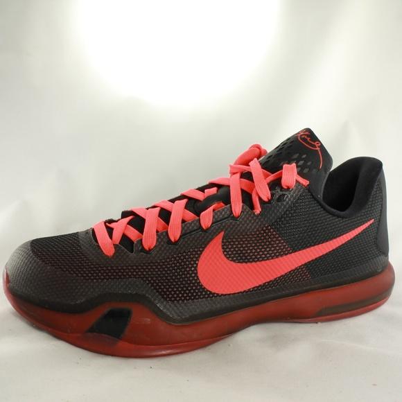 7856a4e2edee Nike Air Zoom Kobe Bryant X 10 Low Black Crimson. M 5a76074efcdc31324e02e1ca